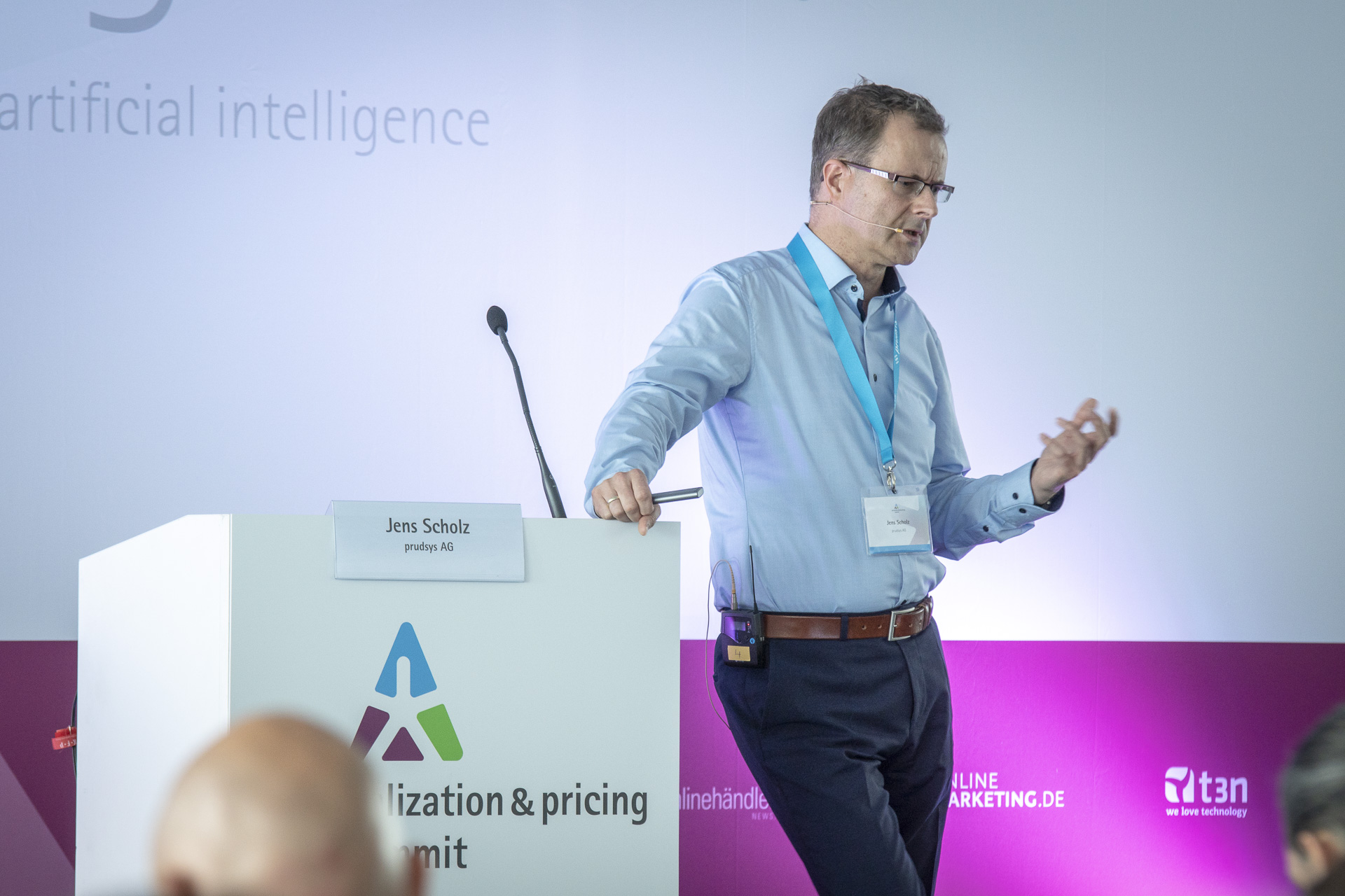 Jens Scholz über KI im Handel beim personalization & pricing summit 2018, prudsys